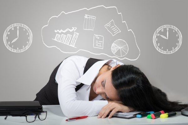 Девушка устала от стресса
