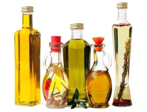 Разные эфирные растительные масла.