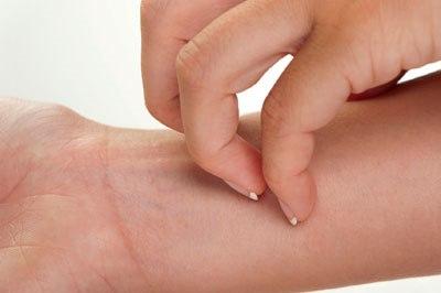 Почему возникает жжение кожи тела. Причины и лечение