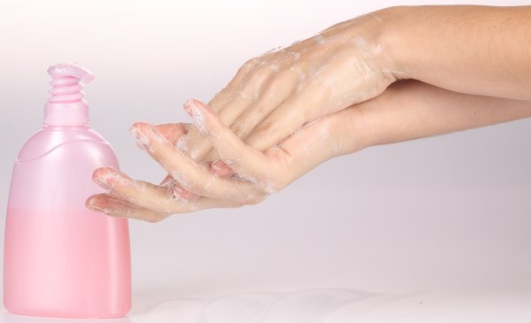 Руки в мыле.