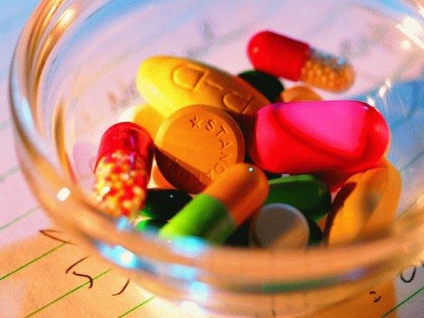 Разные виды таблеток.