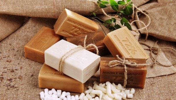 Разное хозяйственное мыло.