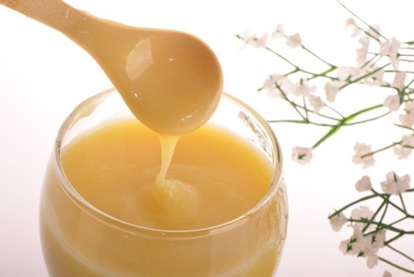 Крем с пчелином маточном молочком