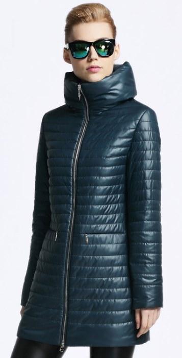 Стеганное женское пальто с капюшоном: фасоны и модели, с чем носить