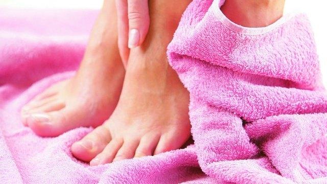 Доктор Неумывакин. Методика лечения грибка ногтей перекисью водорода