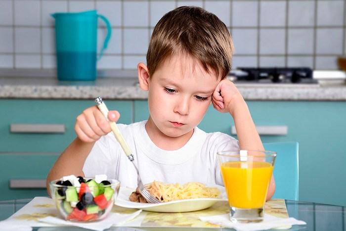 Непереносимость глютена. Симптомы у взрослых аллергии на глютен. Чем он опасен