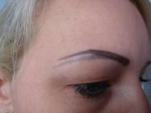 Уход после перманентного макияжа (татуажа) бровей, век и губ. Последствия