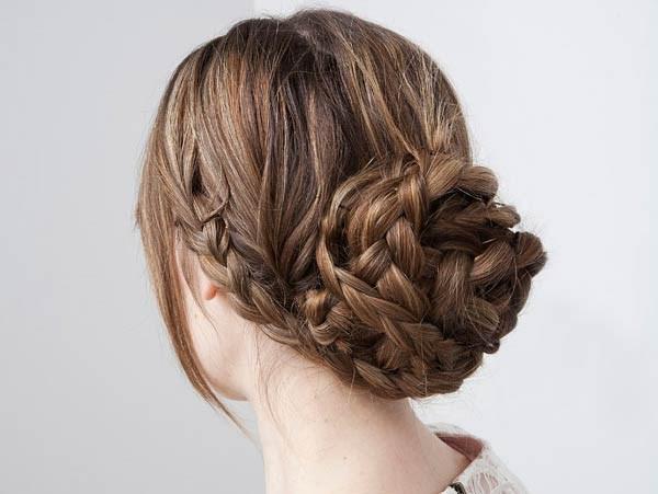 Интересные стильные прически на средние волосы. Укладка пошагово