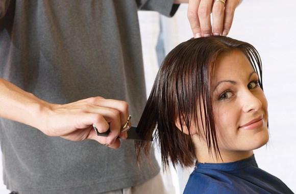 Стричь волосы во время беременности. Можно ли, как стричься, следует ли беспокоиться