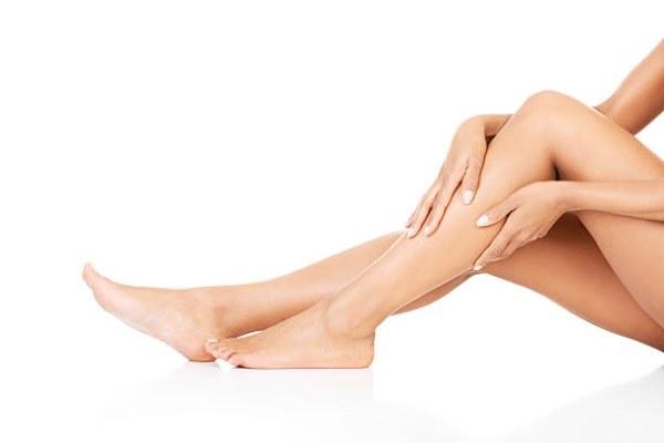 Причины и лечение ночных судорог ног. Препараты в таблетках, народные методы лечения