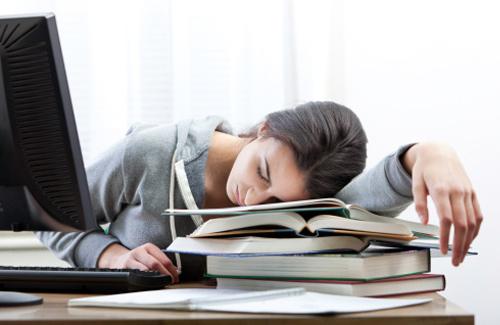 Витамины от усталости и слабости для женщин