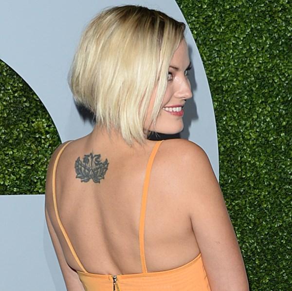 Татуировка лотоса для девушек. Многообразие значений цветка, эскизы рисунка