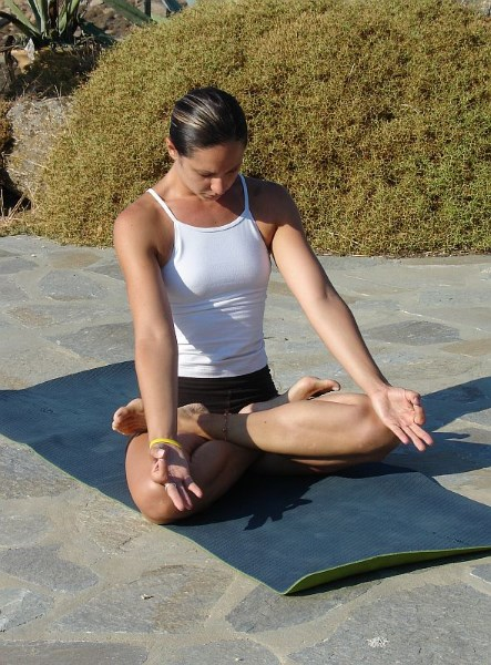 Японская дыхательная гимнастика. Убираем жир с живота дыханием. Упражнения
