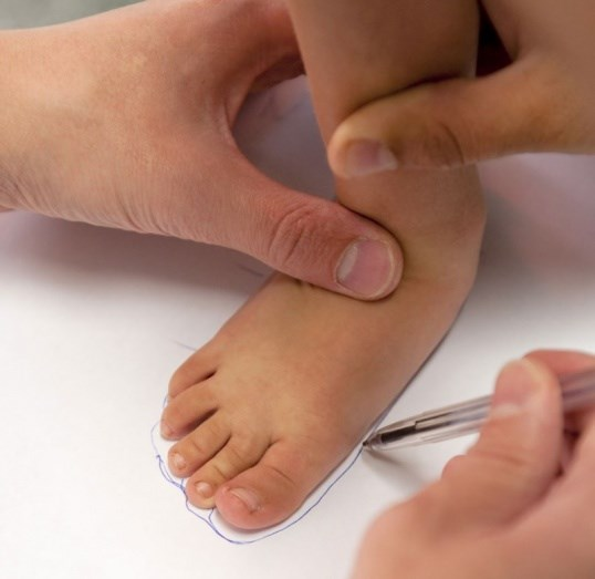 Правила замера размера ноги для выбора обуви. Когда и как нужно мерять ступни