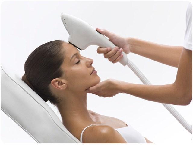 Причины пигментации на лице у женщин. Как осветлить кожу и устранить пигментные пятна
