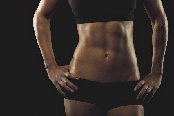 Самые эффективные упражнения, чтобы убрать живот и бока быстро
