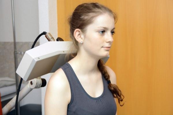 Сильная потливость у женщин. Причины, методы лечения гипергидроза, народные рецепты