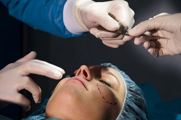 Лучшие кремы от химического ожога кожи лица. Обзоры лечебных средств