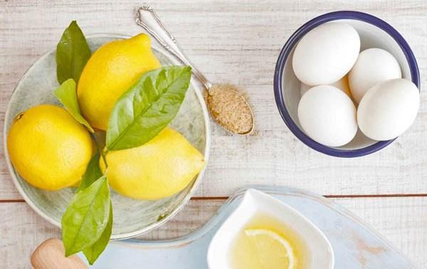 Маска из белка для сухой кожи лица с медом, лимоном, от морщин