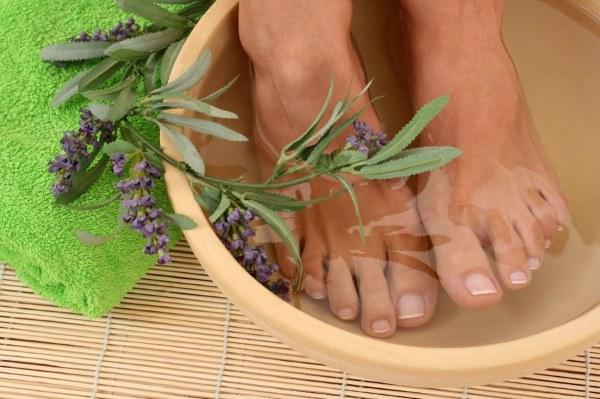 Сухая кожа на ногах (пальцы, ступни). Средства и методы ухода за кожей ног