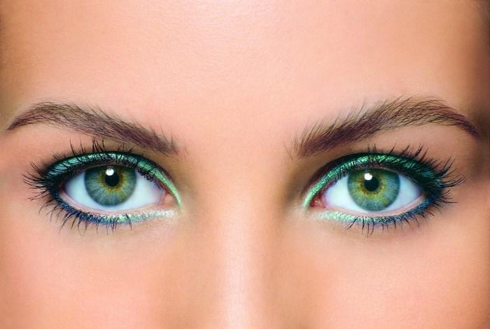 Красивый макияж для зеленых глаз поэтапно в домашних условиях. Фото
