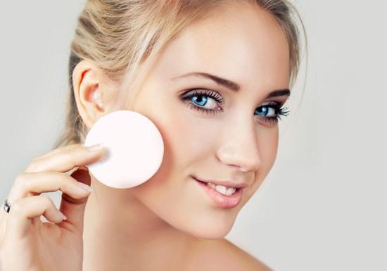 Повседневный макияж для карих глаз. Пошаговая инструкция с фото для начинающих