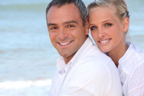 Разница в возрасте между мужчиной и женщиной. Психология отношений в неравном браке