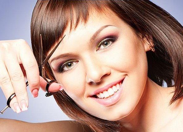 Прически с длинной челкой на бок на средние, длинные, короткие волосы. Как стричь самой себе, уложить, сделать прическу самой. Фото вариантов