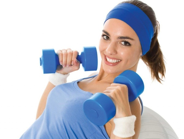 Тренировка с гантелями дома для девушек. Программа упражнений на все группы мышц