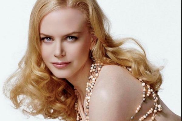 Фото блондинки джессики джейн или синди тейлор, женщина кончает сперма сам пасибе
