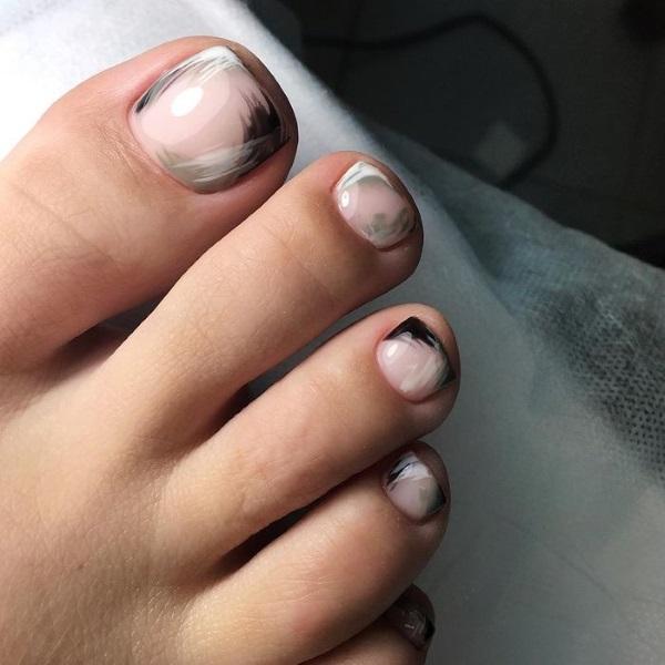 Дизайн ногтей на ногах. Фото новинки 2020, современные идеи педикюра