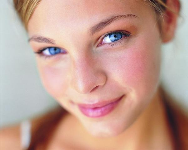 Лучшие кремы для лица с витамином С в аптеке. Рейтинг, цены, какой купить