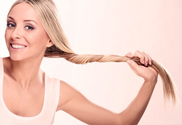 Льняное масло в косметологии. Применение для кожи лица, волос, тела, похудения в домашних условиях