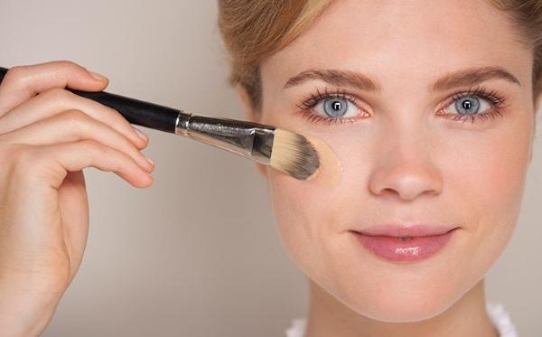 Лучшие тональные крема для сухой кожи: недорогие и класса Люкс. Цены, отзывы