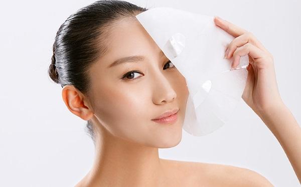 Корейские маски для лица тканевые. Рейтинг самых лучших, составы, способы применения