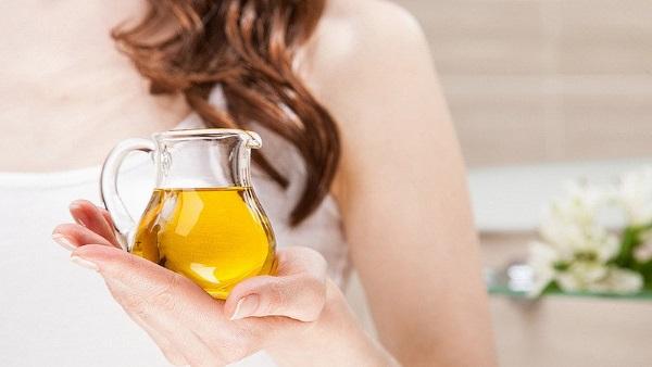 Рыжиковое масло. Польза и вред, рецепты, как принимать для похудения, волос, кожи лица от морщин