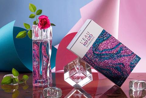 Цветочно-фруктовые ароматы для женщин, девушек. Список лучших духов, рейтинг со шлейфом