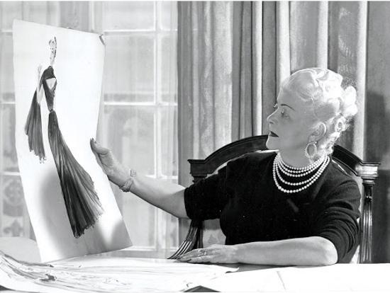 Нина Риччи (Nina Ricci) парфюм женский. Цена, фото, виды: Экстаз, Премьер Жур, Луна, Любовь в Париже, Яблоко
